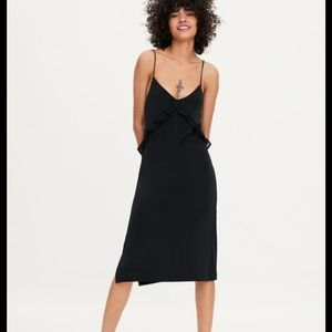 Zara black dress ruffle frill v neck smidi